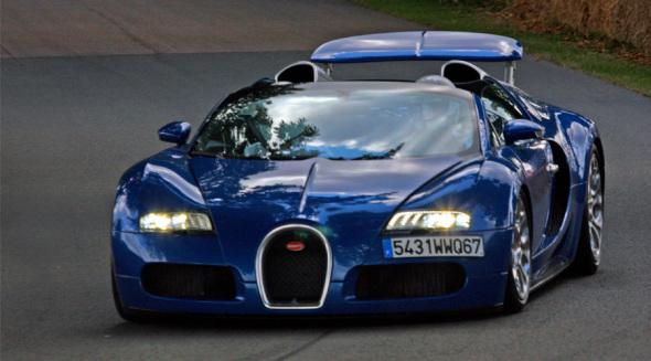 Bugatti Veyron Grand Sport - Foto: Brian Snelson - CC BY 2.0 / Zum Vergrößern auf das Bild klicken