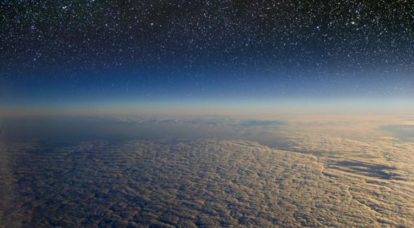 Stratosphäre © marcel - Fotolia / Zum Vergrößern auf das Bild klicken