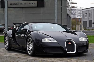 Bugatti Veyron - Foto: M 93 - CC BY-SA 3.0 / Zum Vergrößern auf das Bild klicken