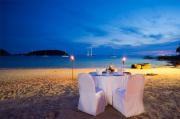 romantisches Candle-Light-Dinner / Zum Vergrößern auf das Bild klicken