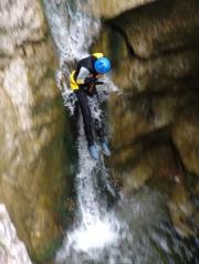 Canyoning - Quelle: fotolia / Zum Vergrößern auf das Bild klicken